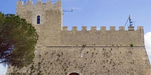 Castello-Monforte-diCampobasso-63715-7903954-e1444721695613