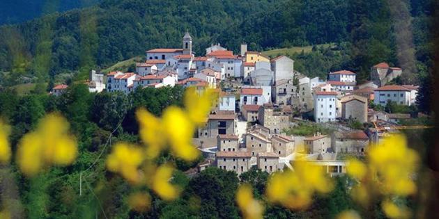 Castel-del-Giudice-725x483