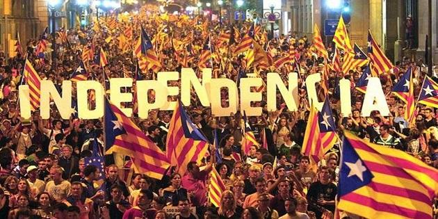 Catalogna: l'indipendenza sospesa