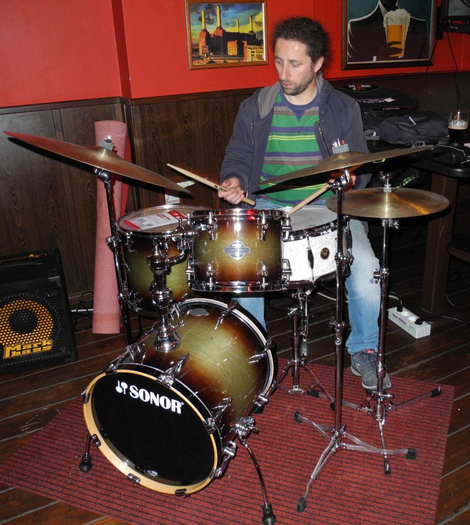 Alberto Romano batteria foto4