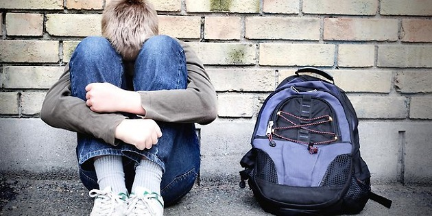 773070-bullying-school-sad-student-depressed
